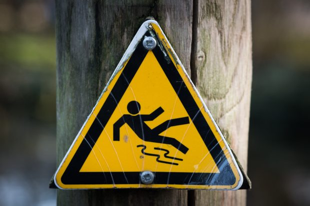 caution-sign-slippery-4341