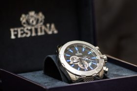 brand recognition example watch